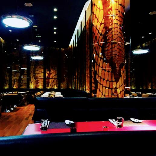 【バンコク5星ホテルW Hotel内にあるタイ料理とインターナショナルレストラン】the kitchen table(ザ・キッチンテーブル)