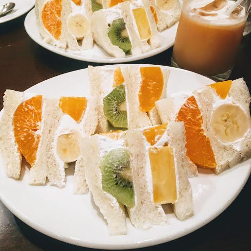 【京都の自家焙煎コーヒー店で人気のフルーツサンドを食べて来ました】コーヒーショップヤマモト 下鴨店