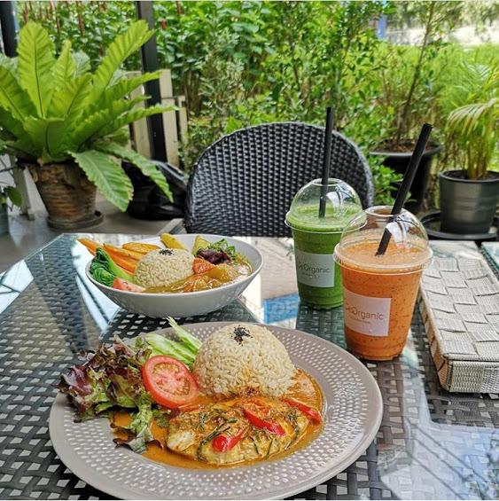 【バンコク・高級住宅街ランスアンのカフェがあるオーガニックスーパーマーケット】Lemon Farm Organic Food @Portico