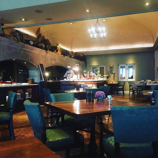 【バンコク、シェラトングランデホテルのプラチナ会員特別な朝食】ROSSINI'S