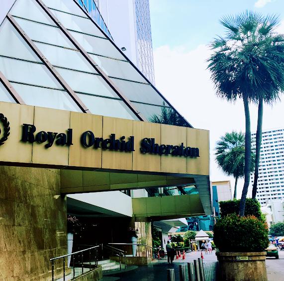 【バンコクを流れるチャオプラヤー川沿いに位置する5つ星ホテル】ロイヤルオーキッド・シェラトンホテル